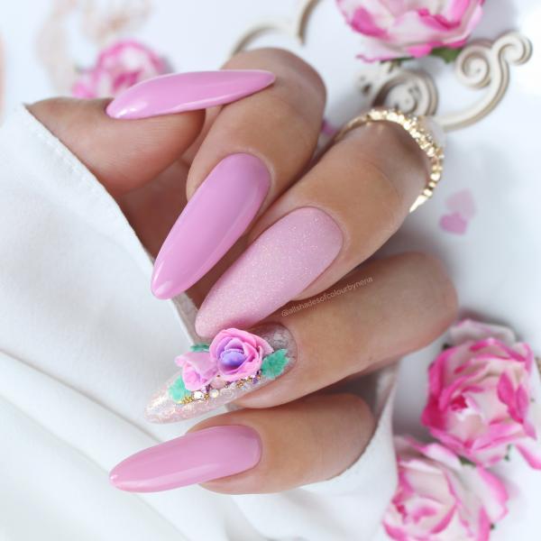 Paznokcie Róża 3d na paznokciach