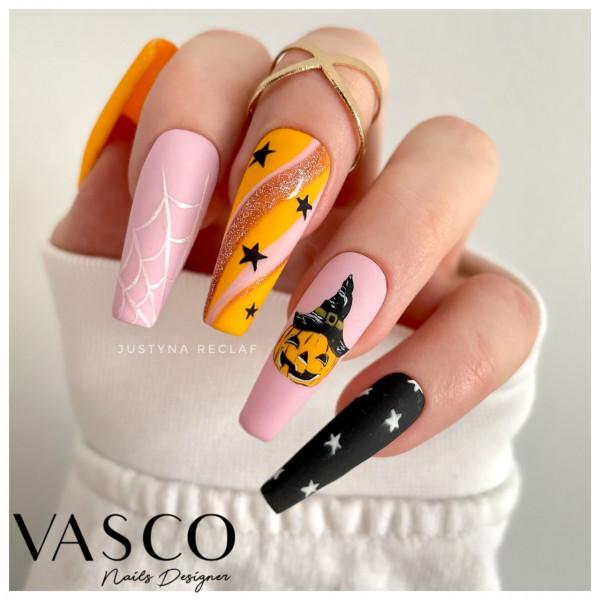Paznokcie Halloweenowa dynia na paznokciach