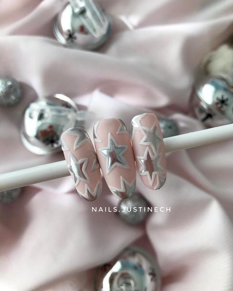 Paznokcie Świąteczne różowe paznokcie