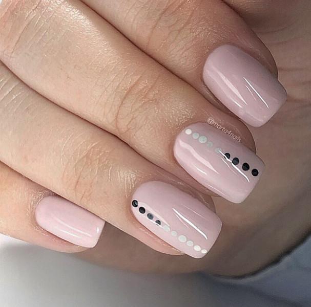 Paznokcie Różowe cukierkowe