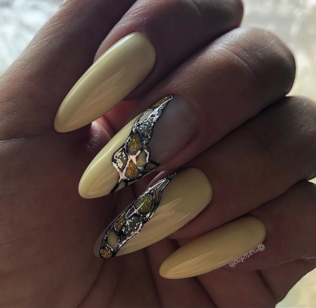Paznokcie Żółte