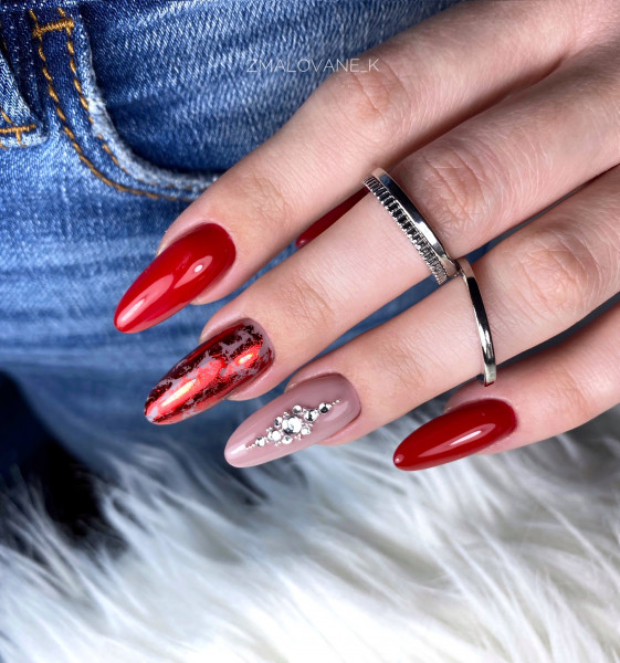 Paznokcie Red nails