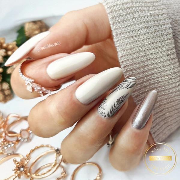 Paznokcie Rose gold nails