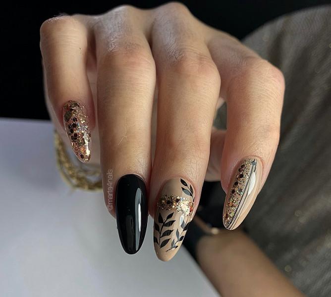 Paznokcie Złote listki na paznokciach