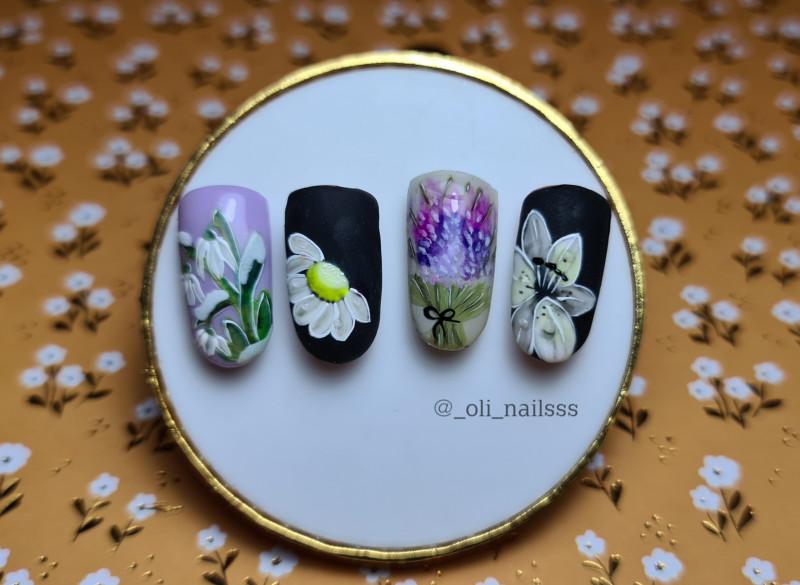 Paznokcie Kwiatuszki