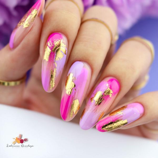 Paznokcie Fioletowy misz-masz na paznokciach