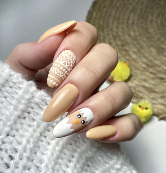 Wielkanocne paznokcie