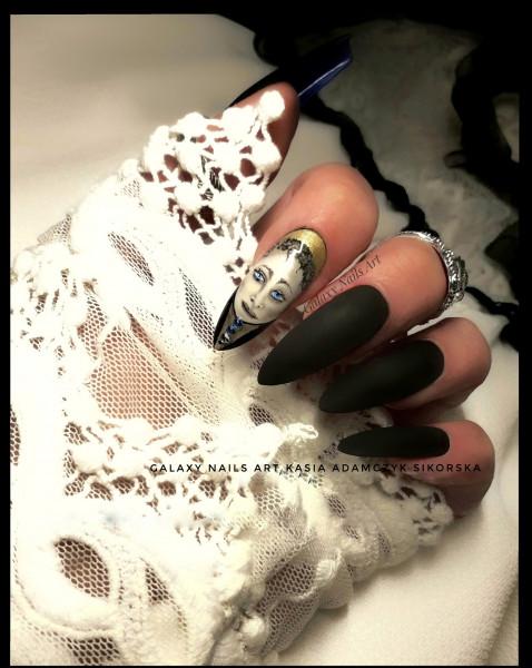 Paznokcie Black &White