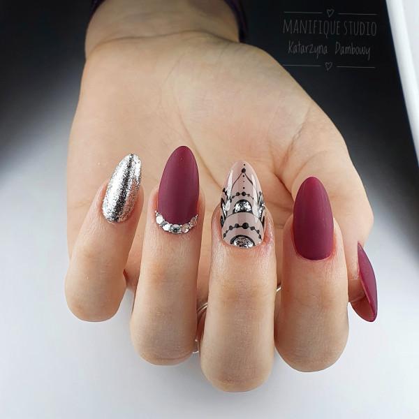 Paznokcie Bordowe paznokcie
