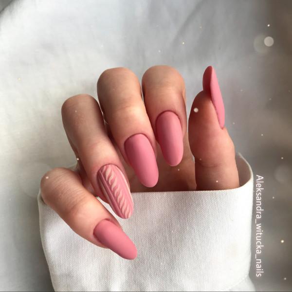 Paznokcie Różowy sweterek