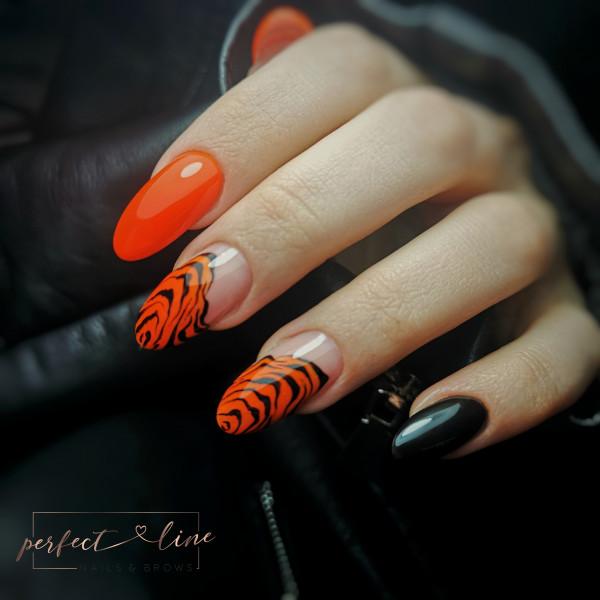 Paznokcie Pomarańczowa zebra