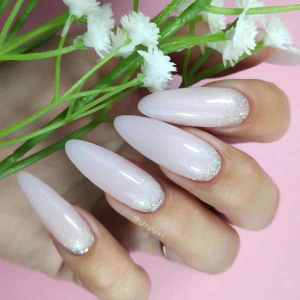 Paznokcie Princess nails