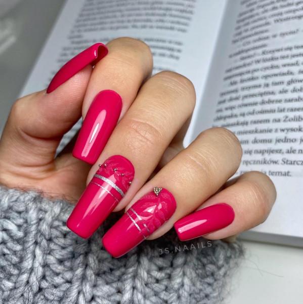 Paznokcie Autumn - bordowe paznokcie