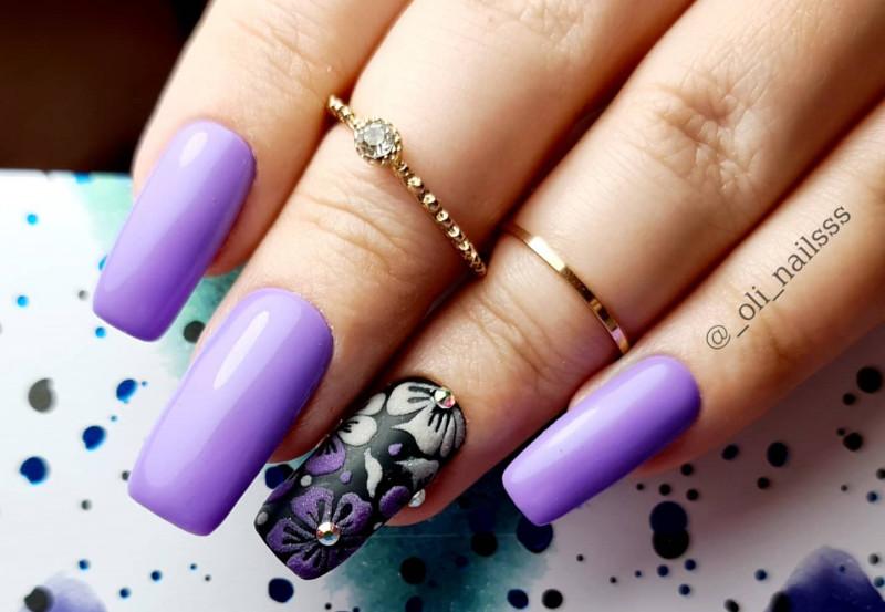 Paznokcie Fioletowe paznokcie