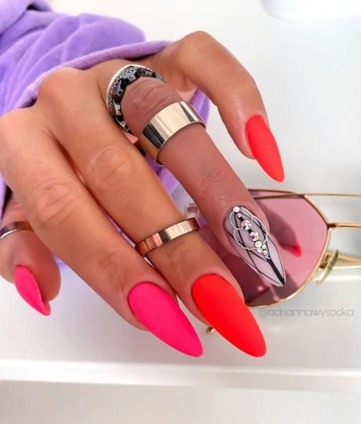 Paznokcie Neonki czerwone paznokcie