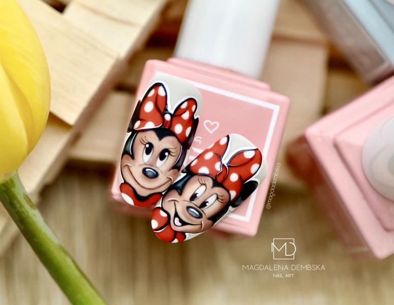 Paznokcie Minnie mouse