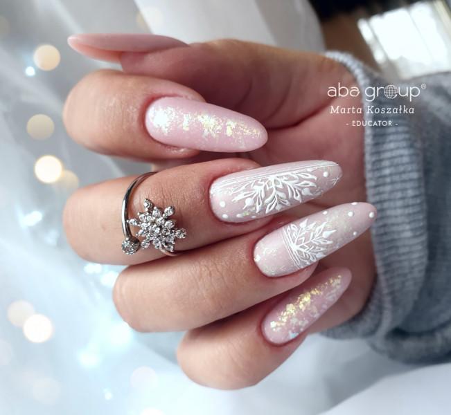 Paznokcie Snowflakes