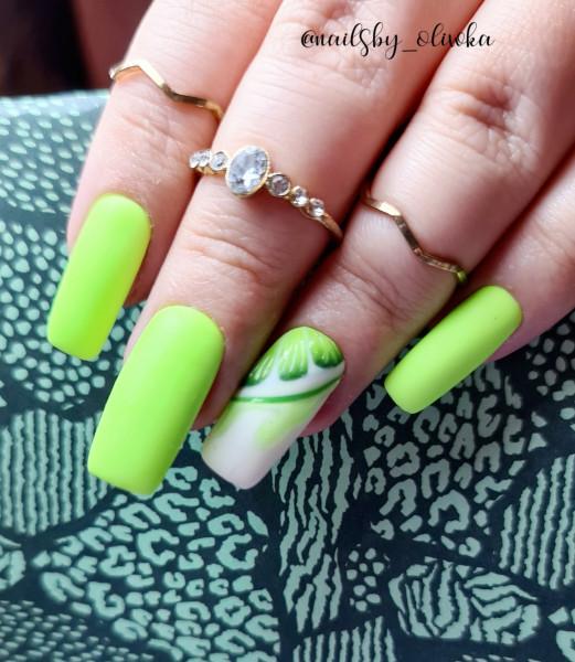 Paznokcie Zielone paznokcie z limonką - owoce na paznokciach