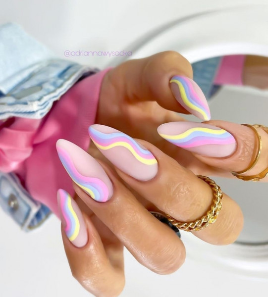 Paznokcie Pastelowe wzorki na paznokciach