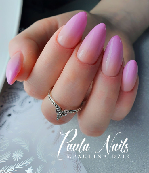 Paznokcie Pink Ombre