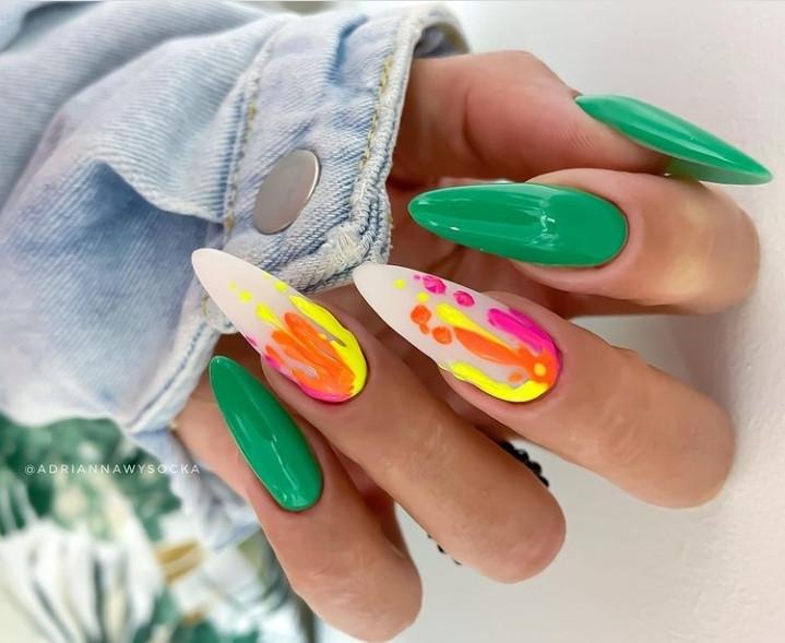 Paznokcie Zielone paznokcie