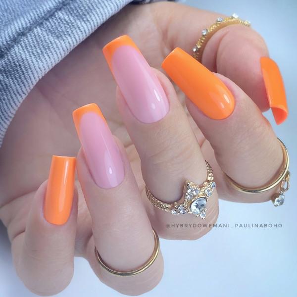 Paznokcie Neonowy french na paznokciach