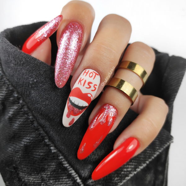 Paznokcie Całuśne paznokcie 💋