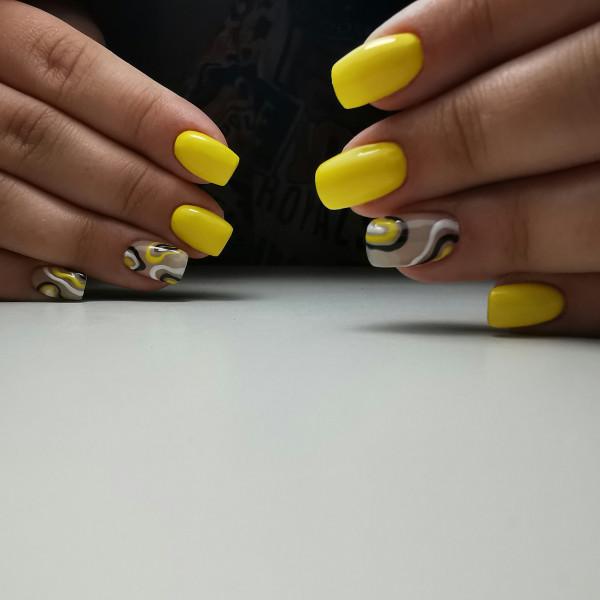 Paznokcie Żółty