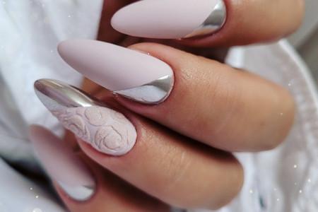 Inspiracje na paznokcie nude